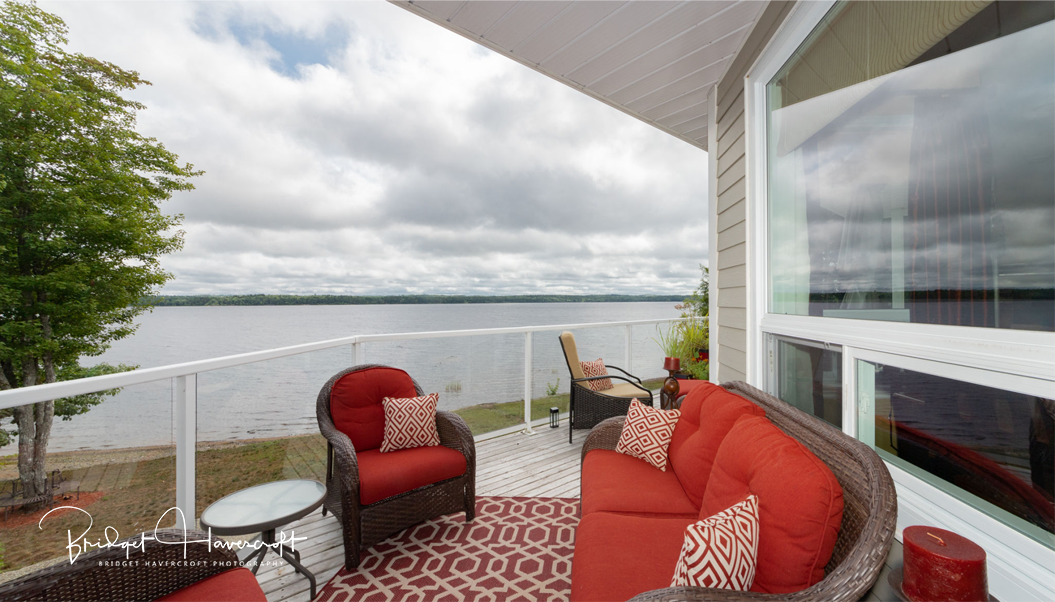 Balcony with view of Sherbrooke Lake